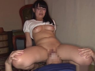 Alluring Satou Airi hs huge appetite for hard dick