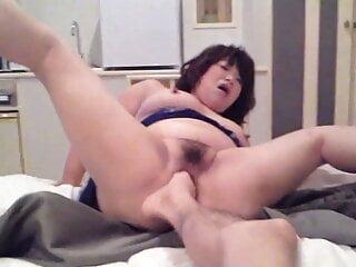 my bitc teaste toes