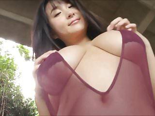 Japanese Busty Idol - Rui Kiriyama 02